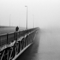 Picture in black & white of Pont de Pirmil in the fog (Nantes)